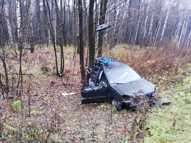 Неопытная автомобилистка попала в реанимацию после ДТП с большегрузом в Ашинском районе