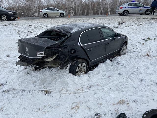 Трое детей пострадали при столкновении автомобилей в Челябинской области