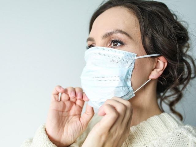 Названы люди, не болеющие тяжелой формой коронавируса
