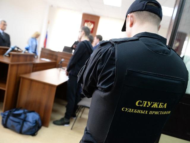 Южноуральца четырежды оштрафовали за мат и отказ надевать маску в суде
