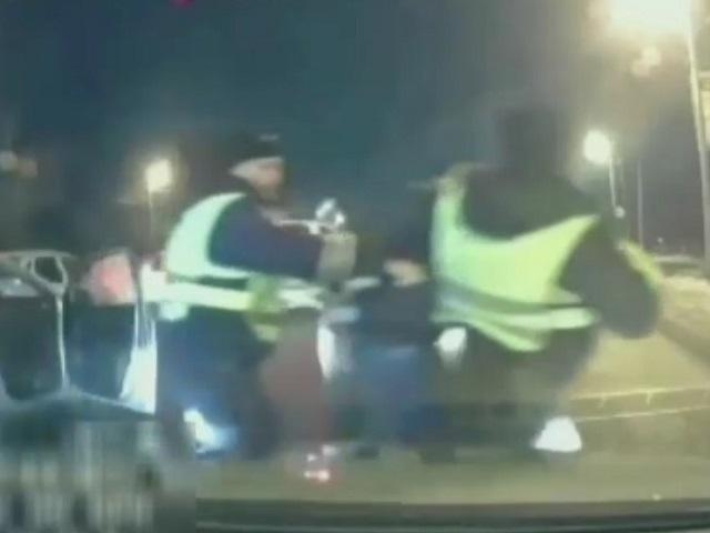 Южноуральские полицейские задержали угонщика такси (ВИДЕО)