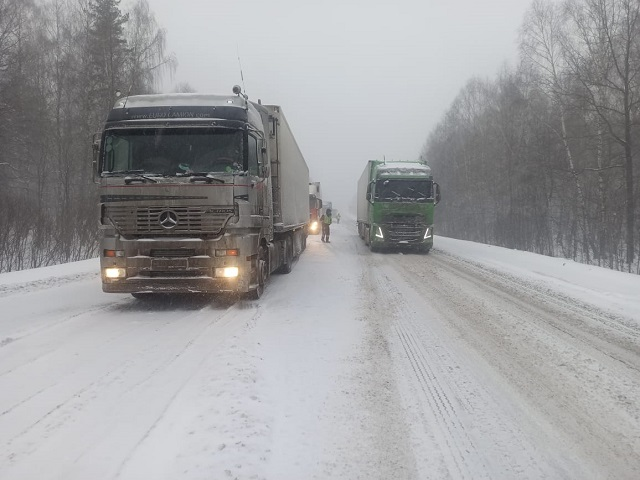 В Челябинской области продлили ограничение движения по трассе М-5