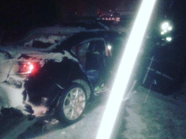 Два человека погибли при столкновении КАМАЗа и легковушки в Челябинской области