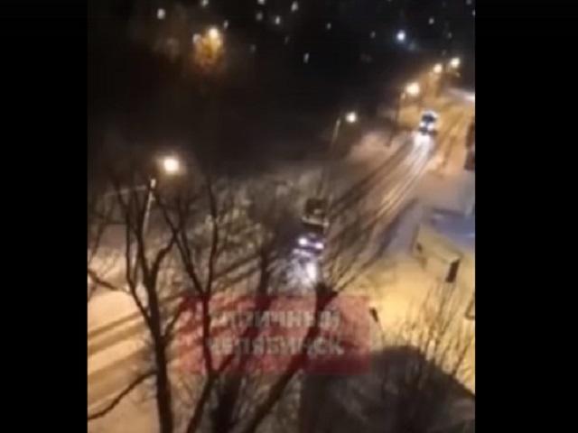 В Челябинске прогремел мощный взрыв, от которого затряслись окна