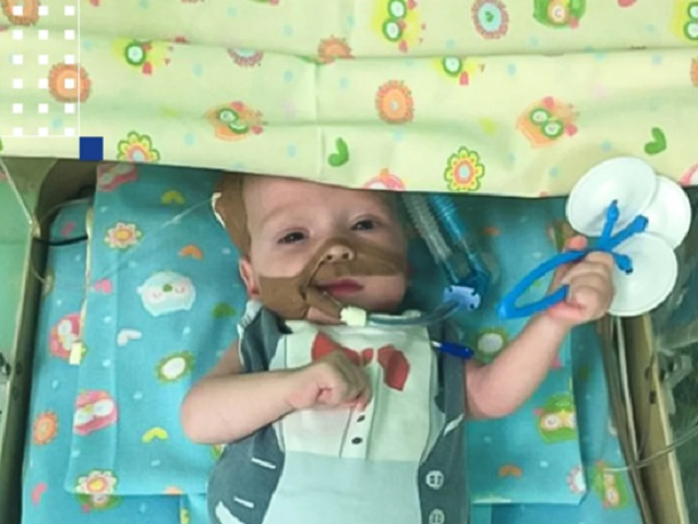 В Челябинской области спасли малыша с огромным сердцем