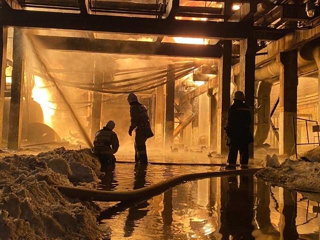 На заводе в Уфе прогремел мощный взрыв