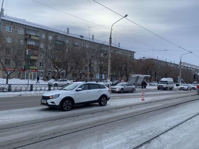 В Челябинской области женщина попала под колеса в автомобиля