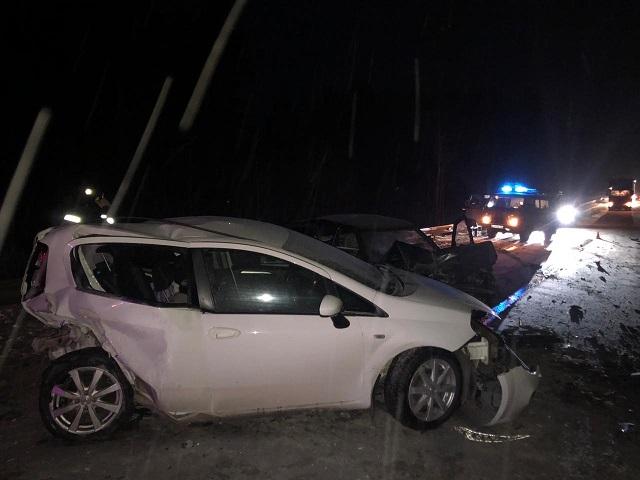 Молодая автомобилистка погибла на трассе М-5 в аварии с двумя грузовиками и легковушками