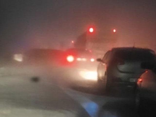 На южноуральской трассе из снежного плена вызволили 20 детей