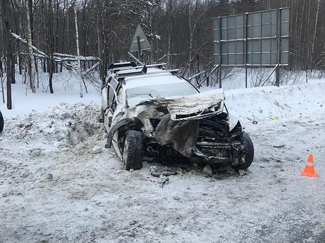 На Южном Урале в ДТП с фурой пострадали пять человек