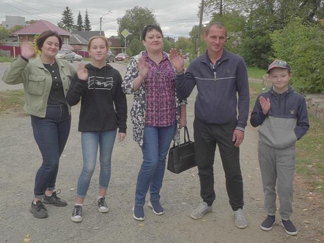 Продавец из Челябинской области обменялась семьями в реалити-шоу «Обмен женами»