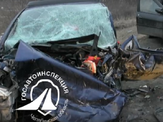 На Южном Урале в лобовом столкновении погибли двое