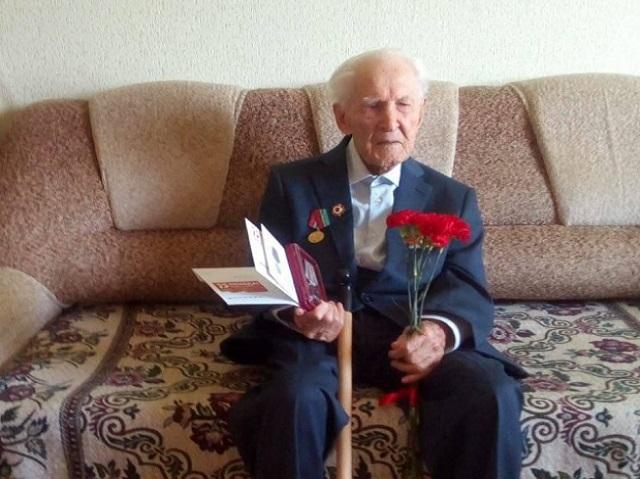 На Южном Урале вылечили от коронавируса 104-летнего ветерана