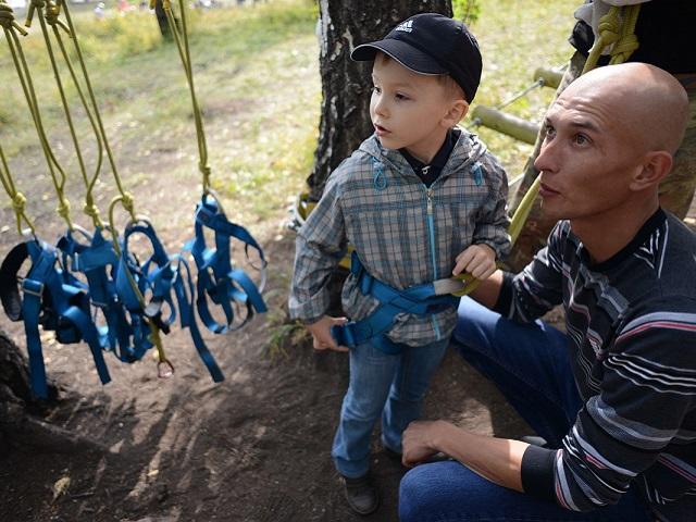 Участники проекта «Урок здоровья» посетили веревочный экстрим-парк в «Солнечной долине»