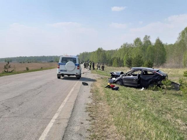 Машина перевернулась: в Челябинской области в ДТП пострадал подросток