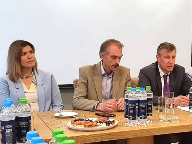 Профсоюзные лидеры встретились с руководством АЗ «УРАЛ»
