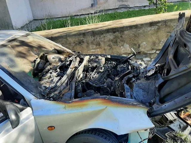 На Южном Урале водитель погиб после столкновения с деревом