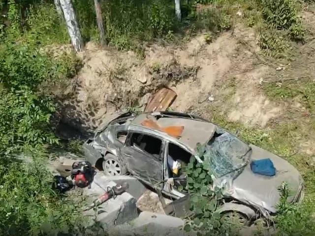 Под Миассом у дороги случайно нашли раненого водителя