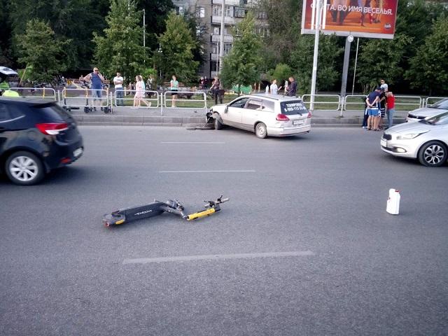 Южноуралец на электросамокате впал в кому после ДТП