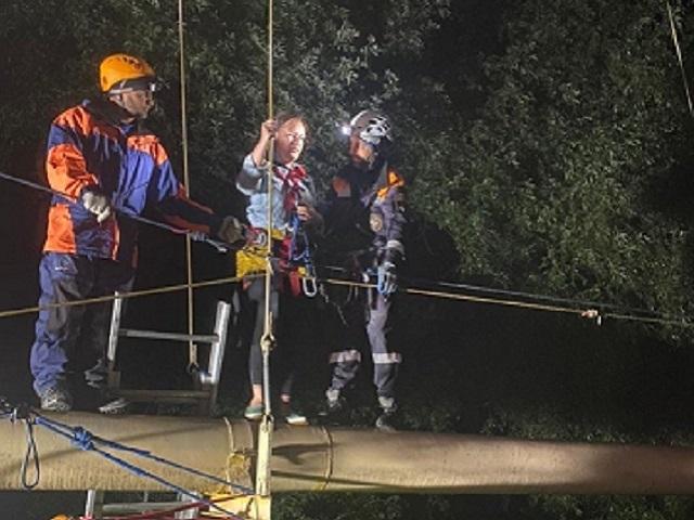 Обрушился мост: южноуральцев эвакуировали в горах Карачаево‑Черкесии