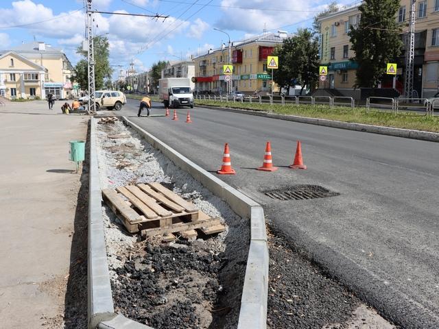 Миасские власти проинспектировали дороги в центре города
