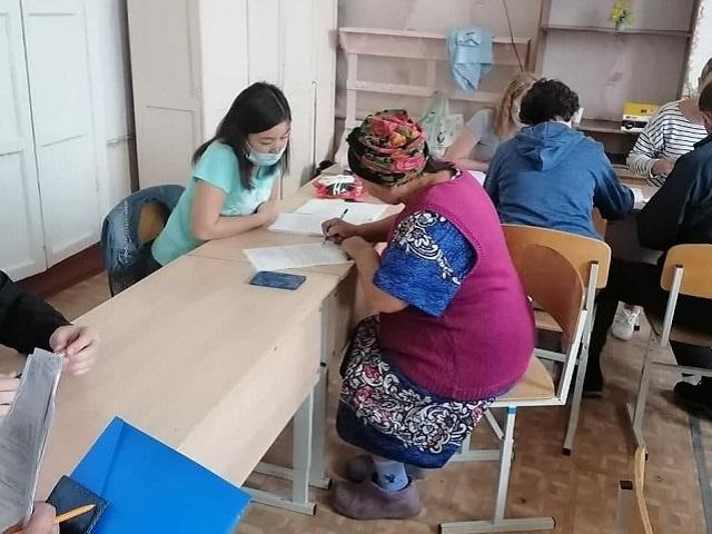 Более 400 южноуральцев, пострадавших при пожаре в поселках Джабык и Запасное, получили единовременную помощь
