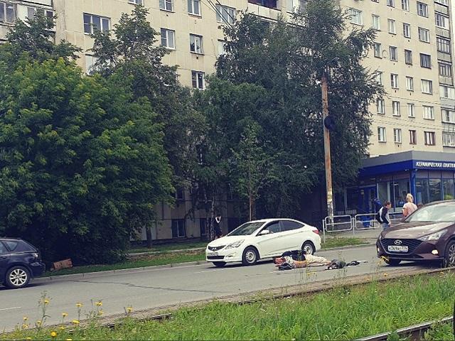 В Челябинской области мужчина попал под колеса иномарки