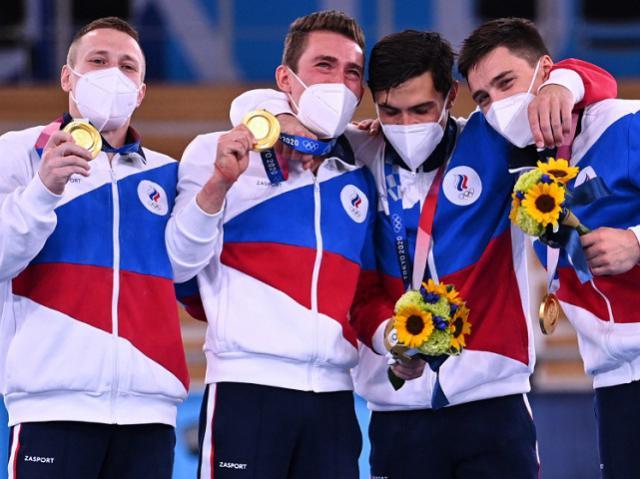 Золотой хет-трик России: итоги третьего дня на Олимпийских играх в Токио