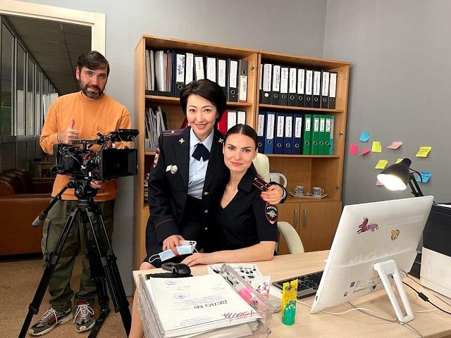Оператор из Челябинска снял чёрную комедию «Маньячелло»