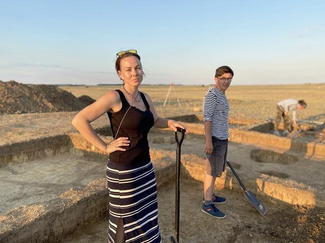 Археологи исследуют массовое захоронение детей на Аркаиме
