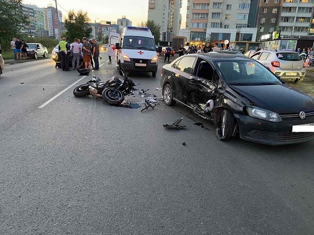 В Челябинской области в ДТП пострадал мотоциклист
