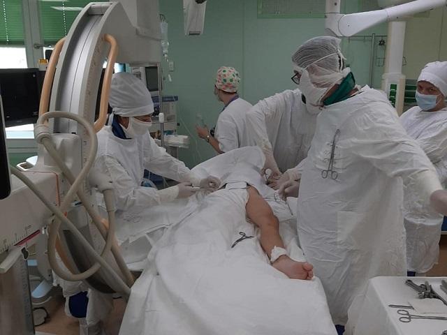 На Южном Урале врачи спасли мальчика, выпавшего с пятого этажа