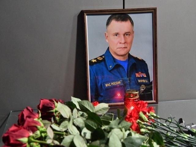 Владимир Путин присвоил Евгению Зиничеву звание Героя России посмертно