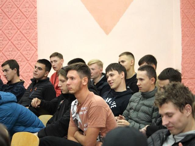 Представители профсоюзного комитета АЗ «УРАЛ» побывали в Миасском машиностроительном колледже