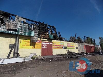 В центре Златоуста разгребают завалы масштабного пожара
