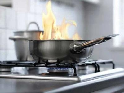 Челябинец едва не погиб, пытаясь приготовить обед