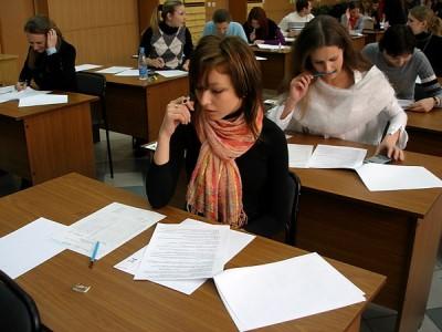 На 100 баллов ЕГЭ по литературе сдали шесть южноуральских выпускников
