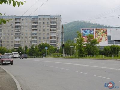 Застройщик сквера на Уральской, 193 в Миассе требует 46 млн. рублей неустойки