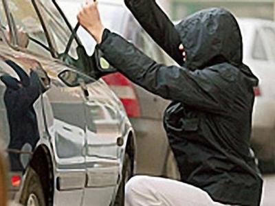 Под Чебаркулем два подростка пытались угнать автомобиль