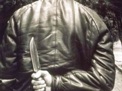 Ранивший чебаркульскую пенсионерку заявил: она сама наткнулась на нож