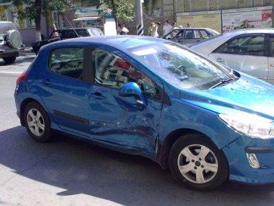 В Челябинске попала в аварию сотрудница полиции Златоуста