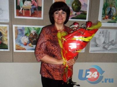 Школьников Южноуральска учит пению заслуженный работник культуры