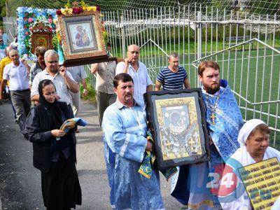Ашинцы увидели чудотворную икону Богородицы