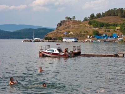 От вип-дачника Сербинова требуют убрать забор и пустить людей к Тургояку
