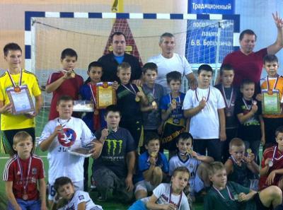 Озёрские боксёры оказались лучшими футболистами города
