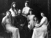 Около трети россиян поддерживают восстановление монархии