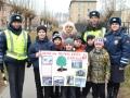 Озёрские полицейские занялись озеленением