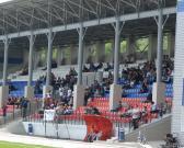 В Кыштыме челябинские футбольные фанаты разбили кресел на 30 тысяч рублей