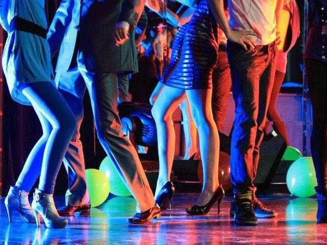 Скачать песни из кафе танцевальные