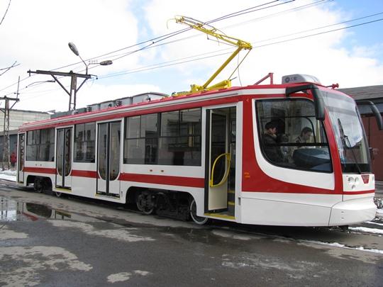 Эти трамваи производит